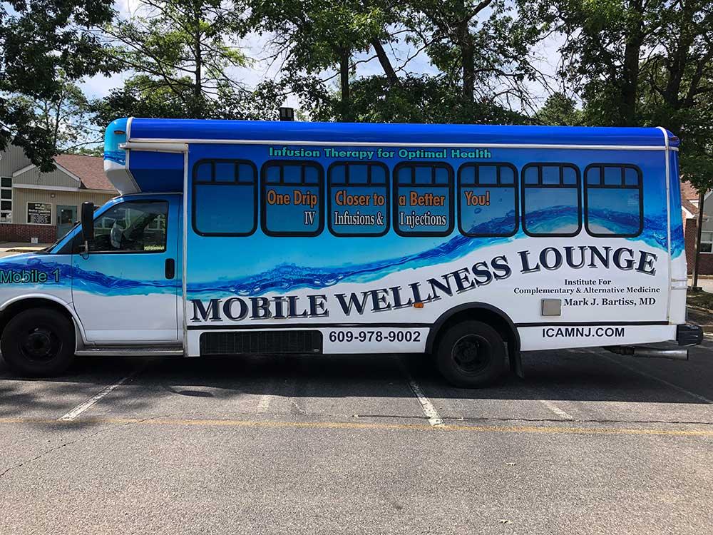 mobile-wellness-lounge
